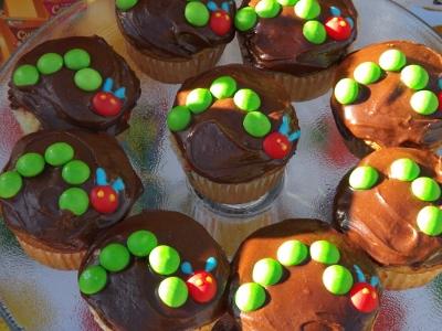 mini caterpillars on the cupcakes